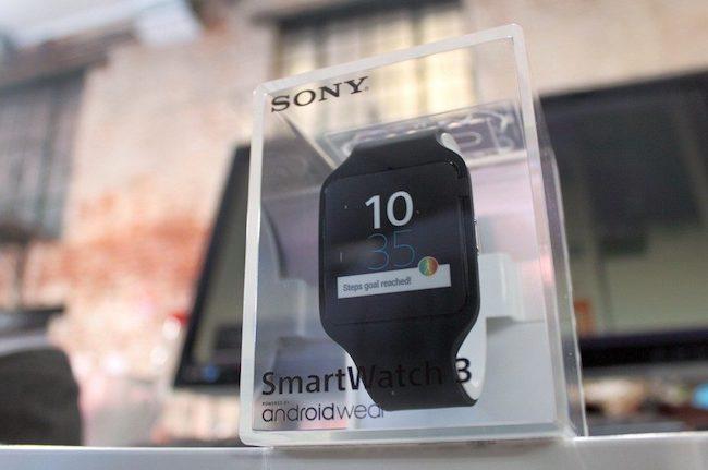 Обзор «умных часов» Sony Smartwatch 3