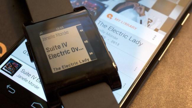 Обзор смарт часов Pebble SmartWatch