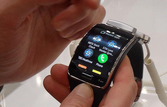 Samsung Galaxy Gear S - Больше, чем часы