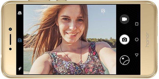 Телефоны с хорошей камерой – рейтинг моделей до 15 тысяч