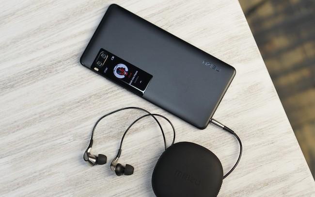 Обзор Meizu Pro 7 Plus – телефон с двумя экранами