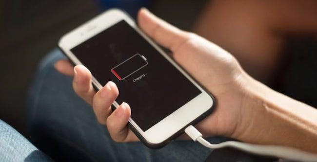 Айфон перестал заряжаться: причины и способы решения