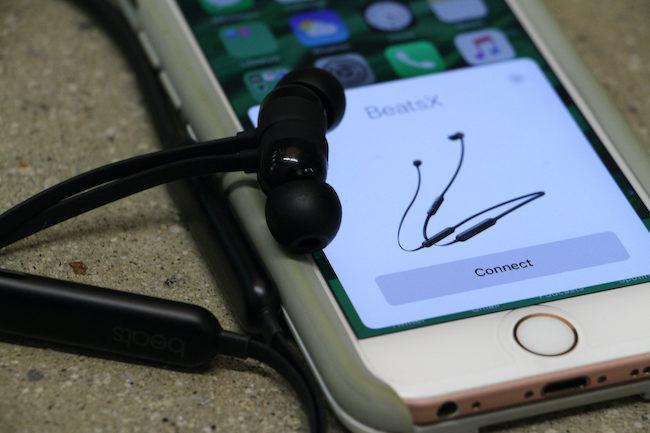 Что делать если телефон показывает наушники а их нет: Как убрать значок наушников на телефоне